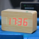 Red Number USB / Battery Wooden Clock with Voice Control (Alternately display time, month & date and temperature)(Red)