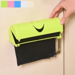 Smile Face Kitchen Hanging Style Non-trace Sticky Trash Bag Storage Box, Random Color Delivery, Size: 18.6x7x6.3cm