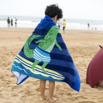 Towel To Wear Hooded Cloak Bath Towel Absorbent Bathrobe Swim Clothes for Adult / Children, Size: 76 x 127cm